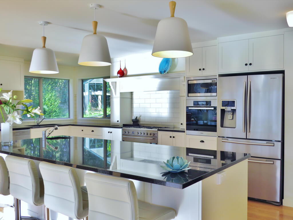 Modern Kitchen Wellington white kitchen shaker kitchen