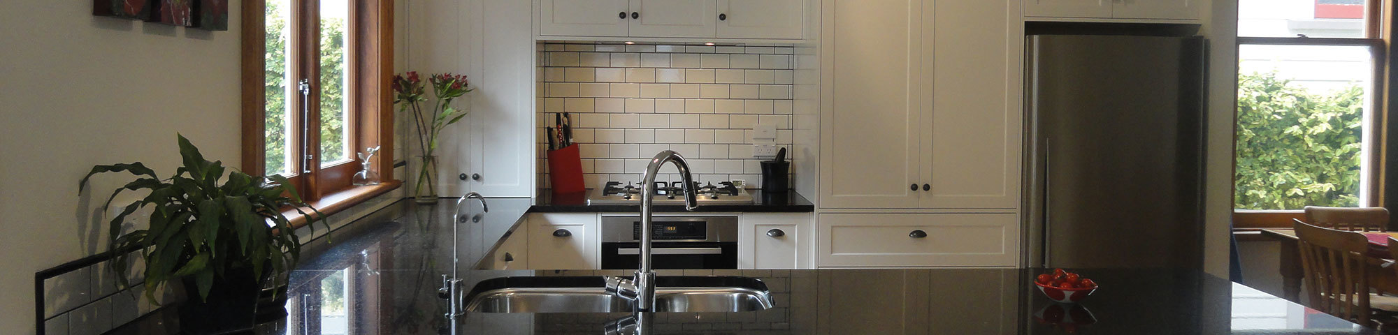 Give your kitchen a new lease of life with a custom kitchen design